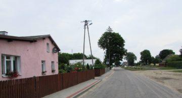 Coraz lepsze chodniki przy drogach powiatowych