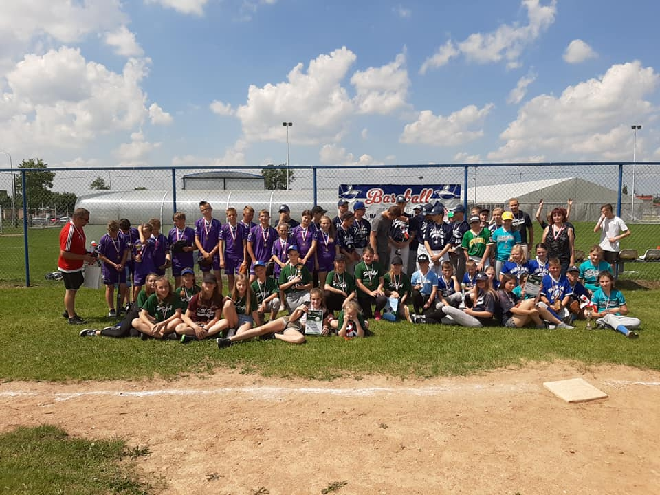Młodzi reprezentanci Warmii i Mazur walczą o tytuł w Międzywojewódzkich Mistrzostwach Polski U-12 w Baseballu.