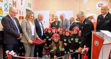 Otwarcie salki edukacyjnej w Komendzie Powiatowej Państwowej Straży Pożarnej w Działdowie (film).