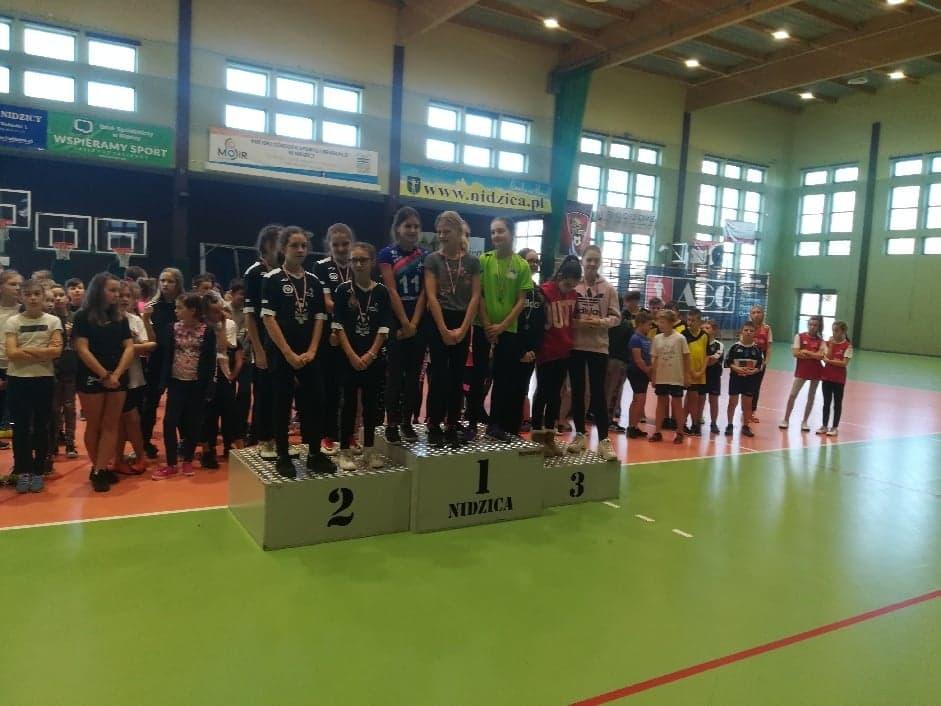 Wieloboje sprawnościowe – mistrzostwo i wicemistrzostwo dla SP Dłutowo