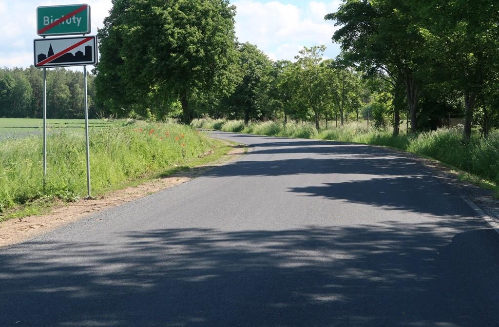 Remont drogi powiatowej nr 1554N Iłowo-Białuty został zakończony